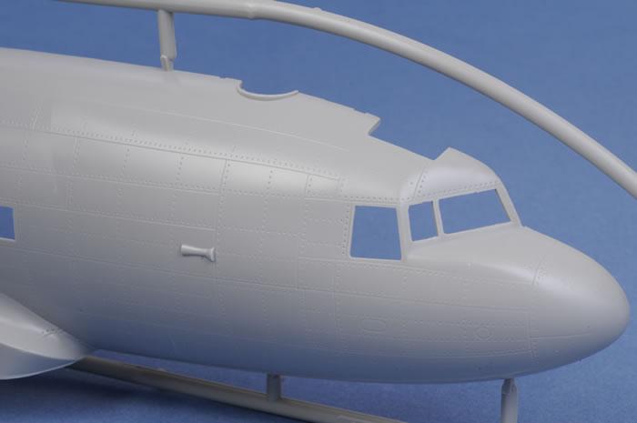 Trumpeter 02828 1//48 C-47A Skytrain