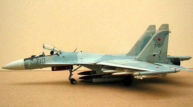 ملخص كامل متكاامل عن عملاق الجو SU-35 Su35pb_title