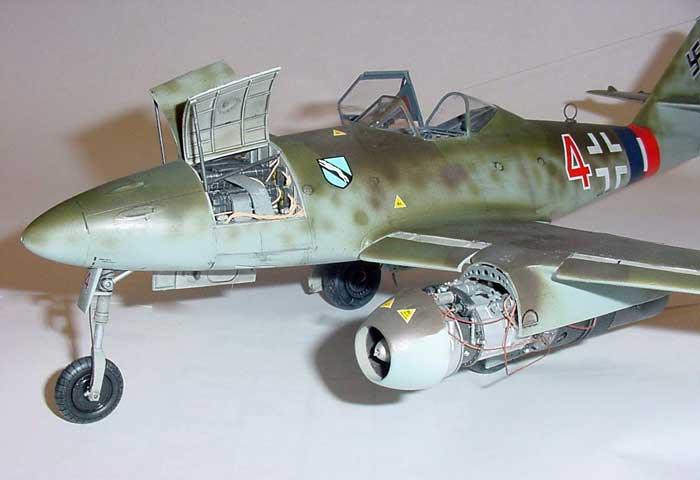O caça à jato Messerschmitt Me 262:  Me262rc_title