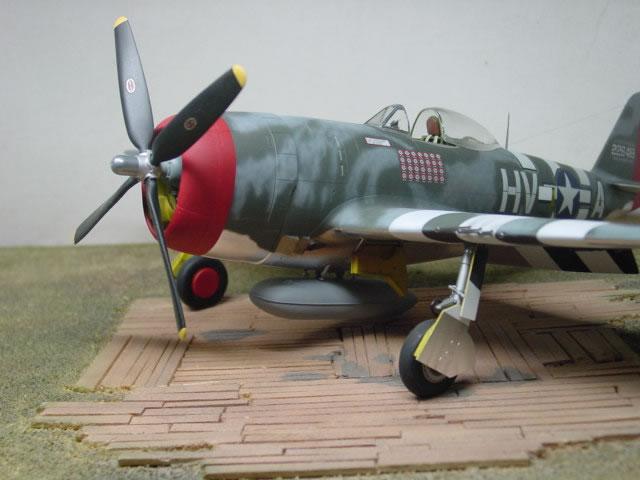 P 47d Thunderbolt By Osvaldo Viggiani Hasegawa 1 32