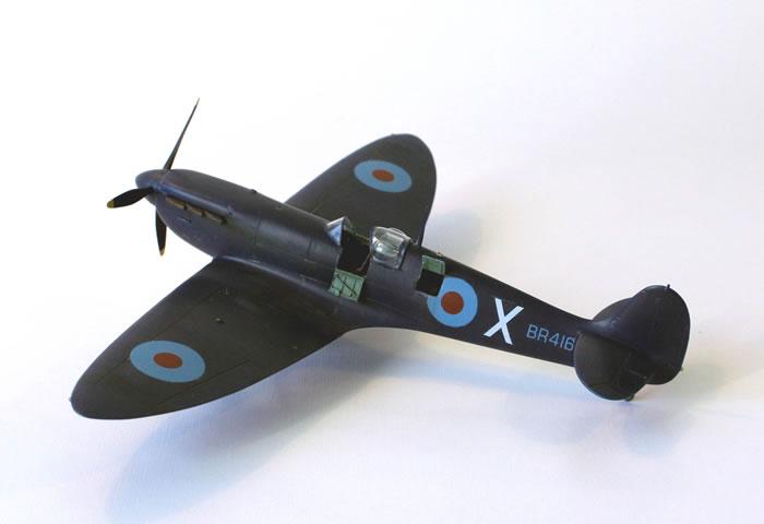 Hasegawa 148 scale Spitfire PRMkIV Conversion by Fernando