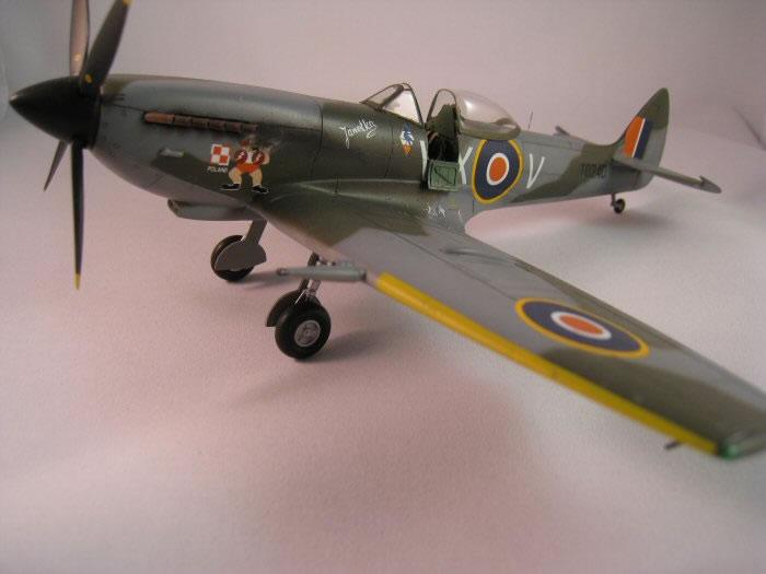 supermarine spitfire mk xvi by doug duthie arii falcon 1 48 rh hyperscale com vi 1309a baldor vi 101 hacks